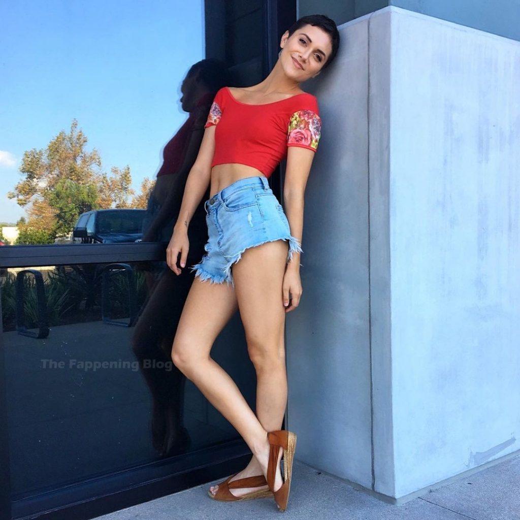 Alyson Stoner Sexy (21 Photos + Videos)