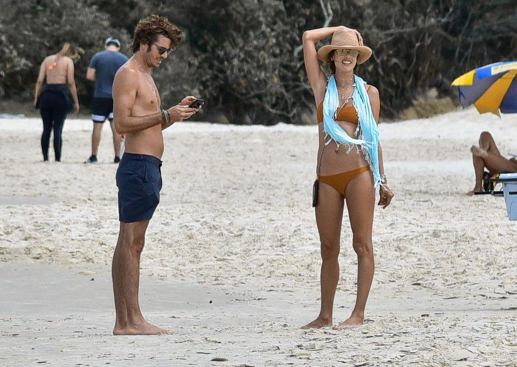 Alessandra Ambrosio Parades in a Bikini as She Enjoys Brazilian Vacation (39 Photos)