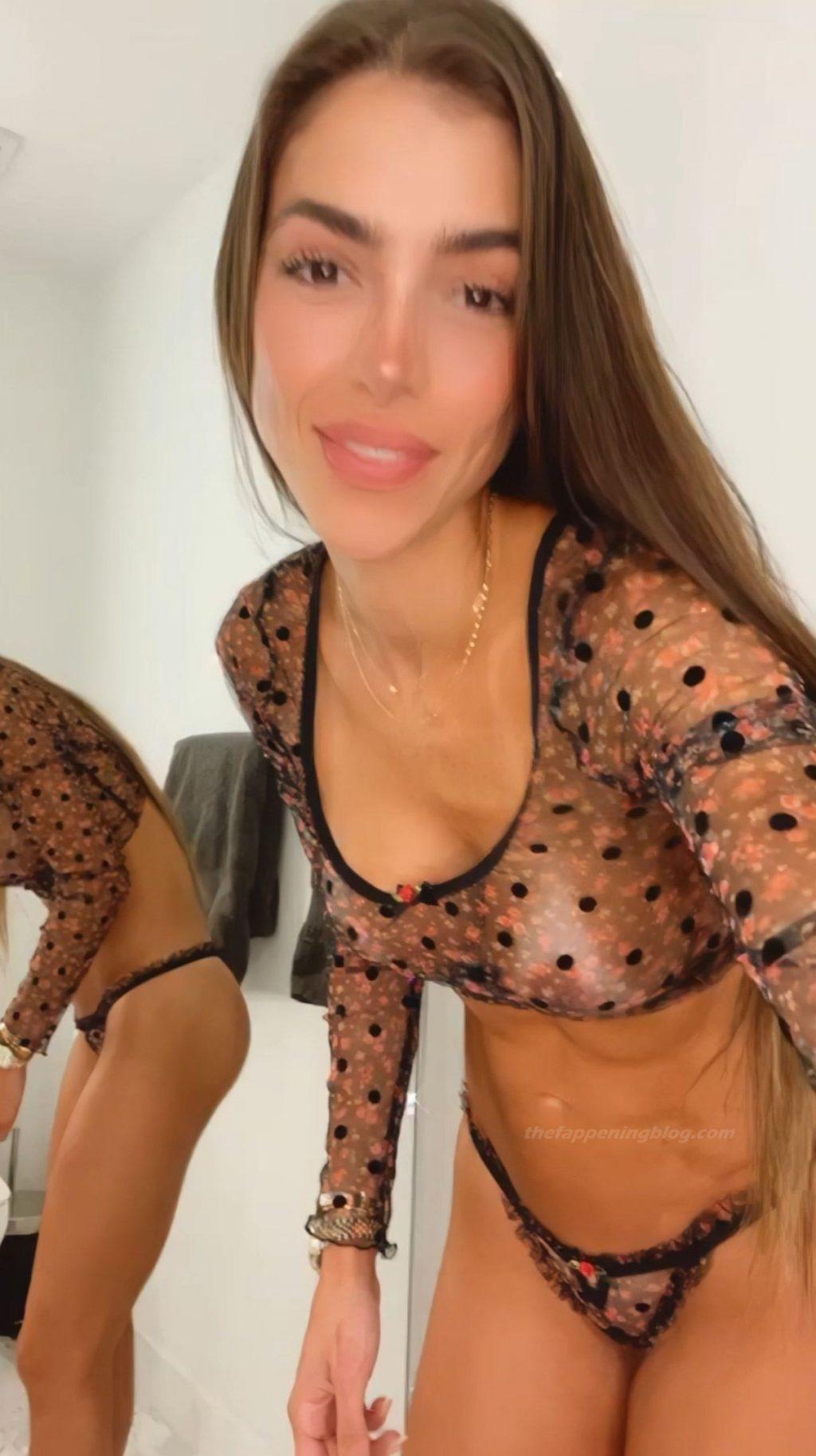 Anllela Sagra Nude & Sexy (30 Photos)