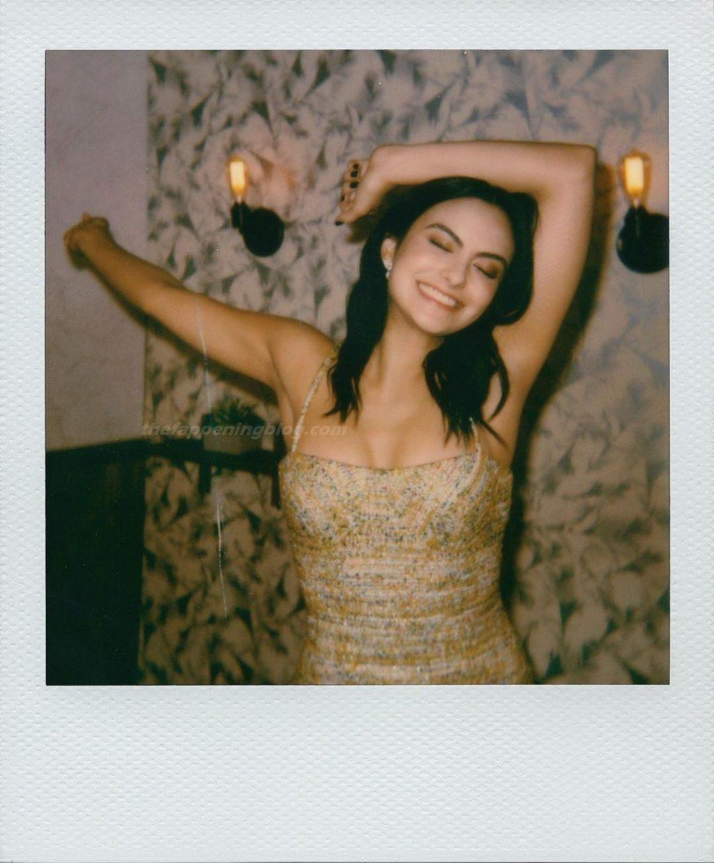 Camila Mendes Sexy (8 Photos)