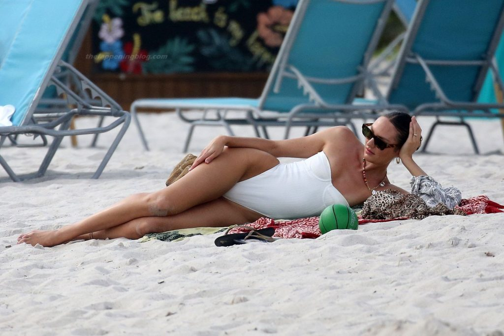 Candice Swanepoel Wears a White Swimsuit on the Beach in Miami (31 Photos)