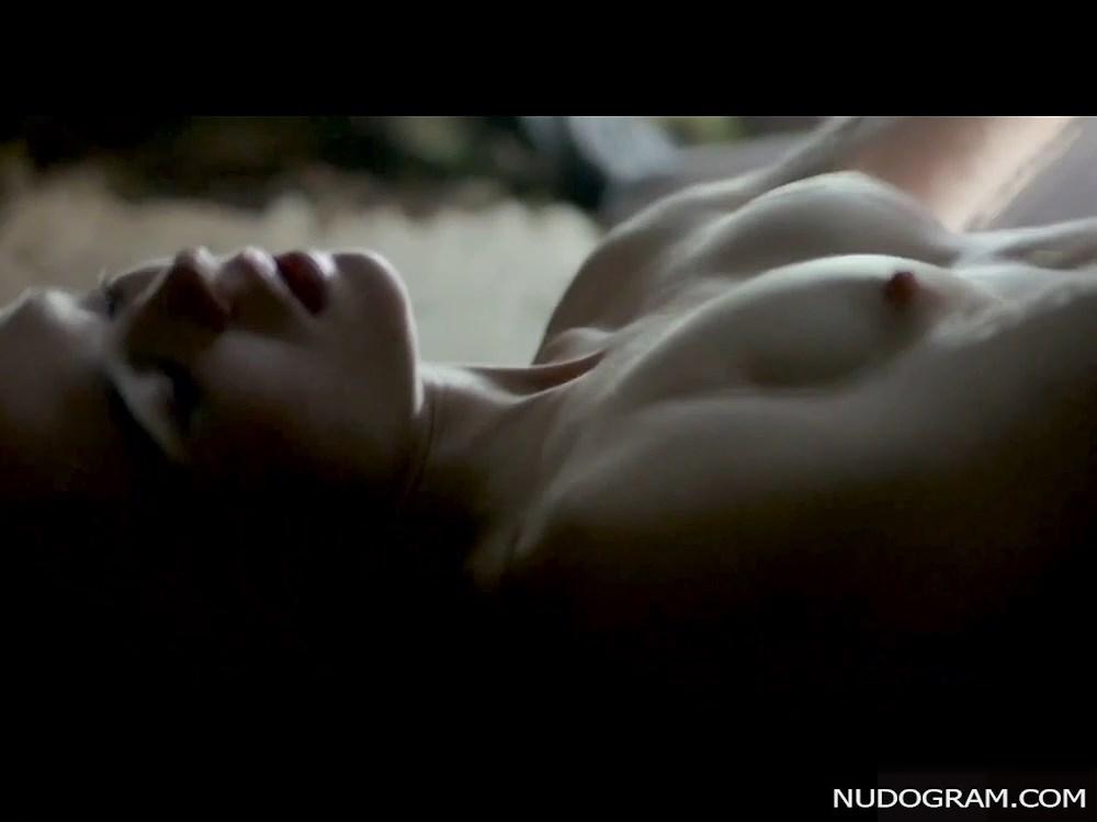 Ellen Page Nude Compilation (30 Pics + Videos)