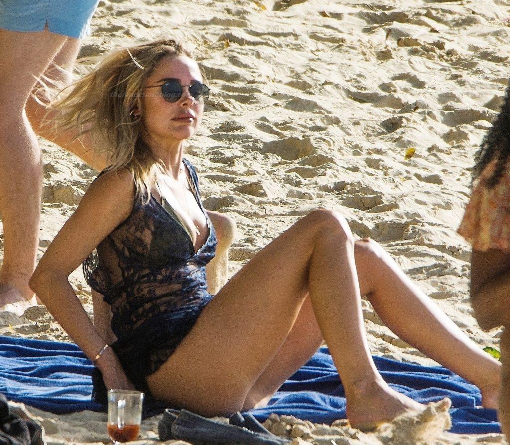 Kimberley Garner's Fun in the Sun in Barbados (28 Photos)
