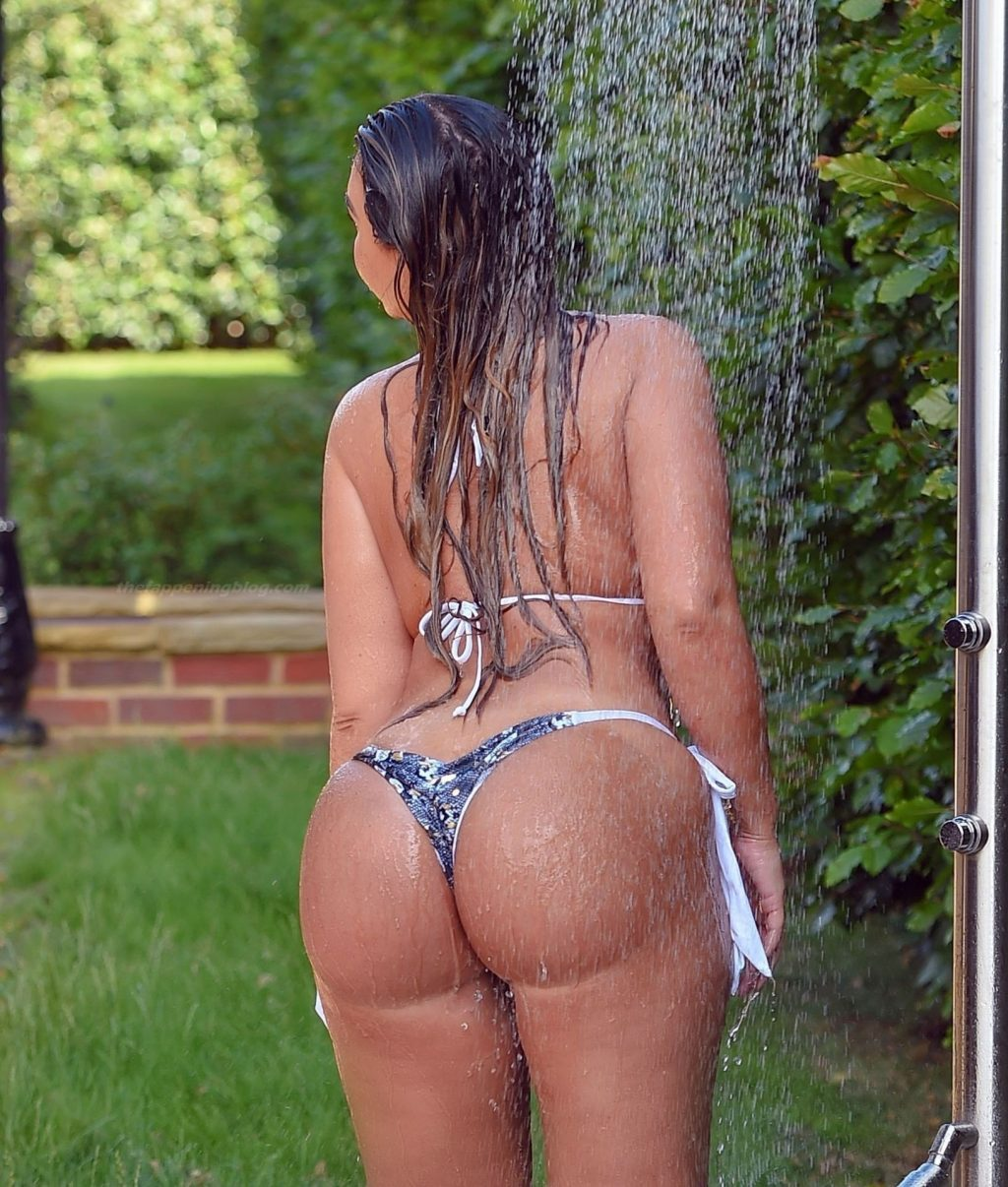 Lauren Goodger Shows Off Her Curves in a Tiny Bikini (15 Photos)