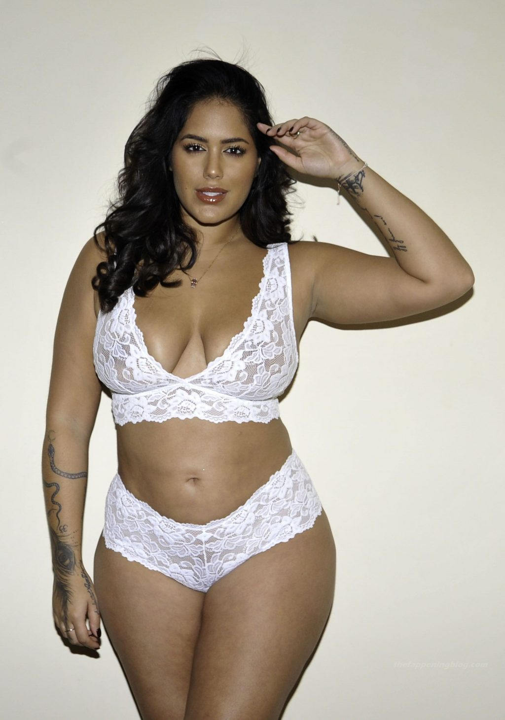Malin Andersson Shows Off Her Figure In White Lingerie (21 Photos)