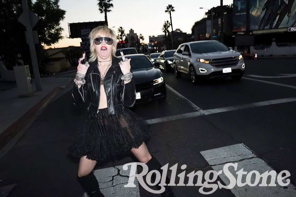 Miley Cyrus Nude & Sexy – Rolling Stone (8 Photos)
