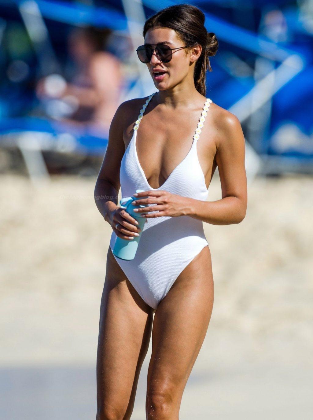 Montana Brown Has Fun in the Sun on the Beach in Barbados (70 Photos)