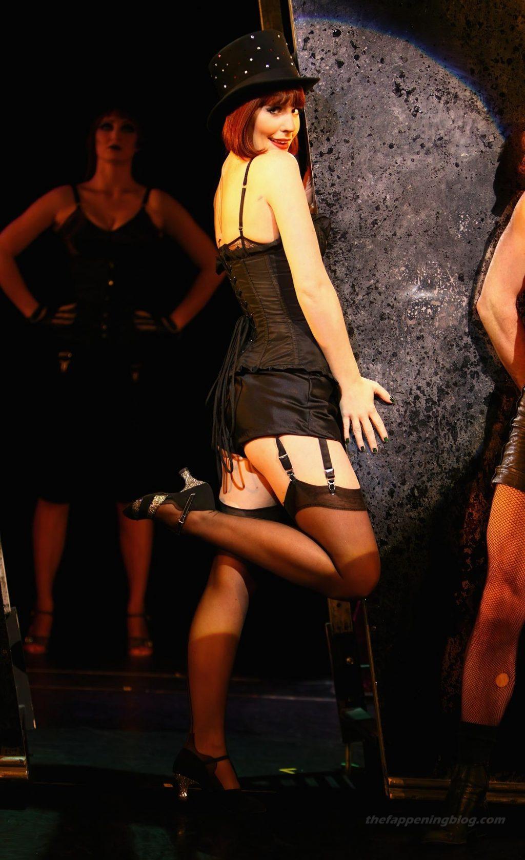 Amy Nuttall Nude & Sexy (24 Photos)
