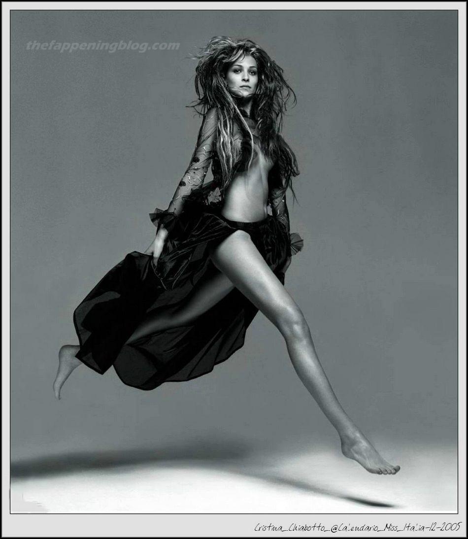 Cristina Chiabotto Nude & Sexy (16 Photos)