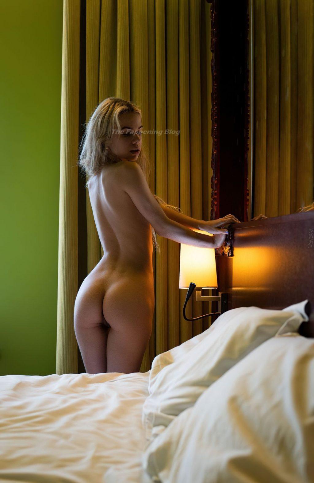 Sasha Smelova Nude (8 Photos)