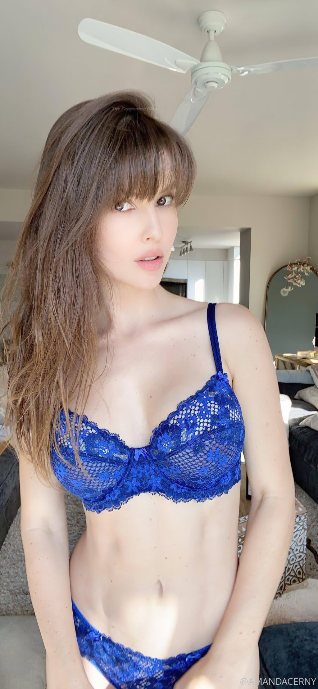 Amanda Cerny Sexy (9 Photos)