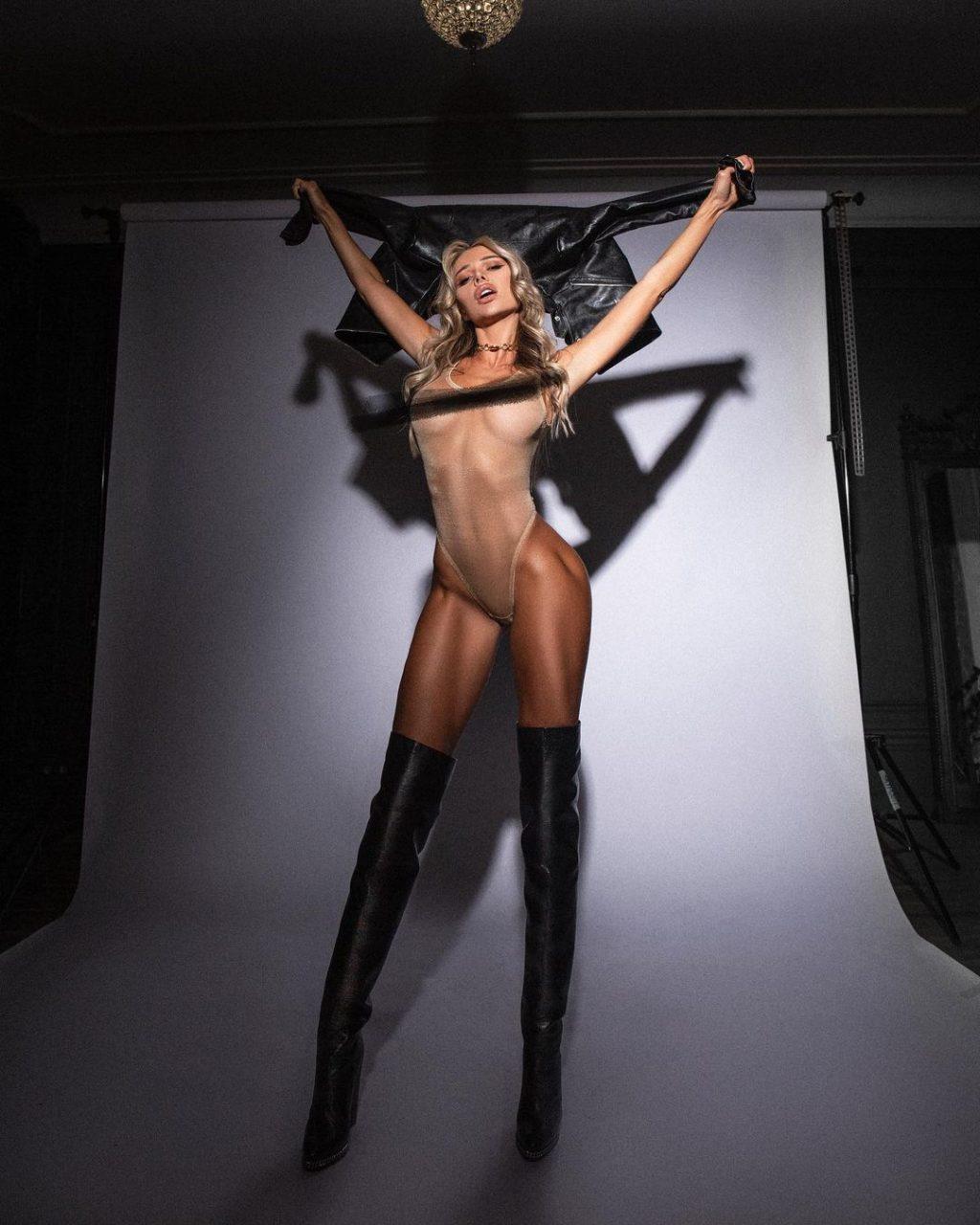 Angelica Andreeva Nude & Sexy (51 Photos)