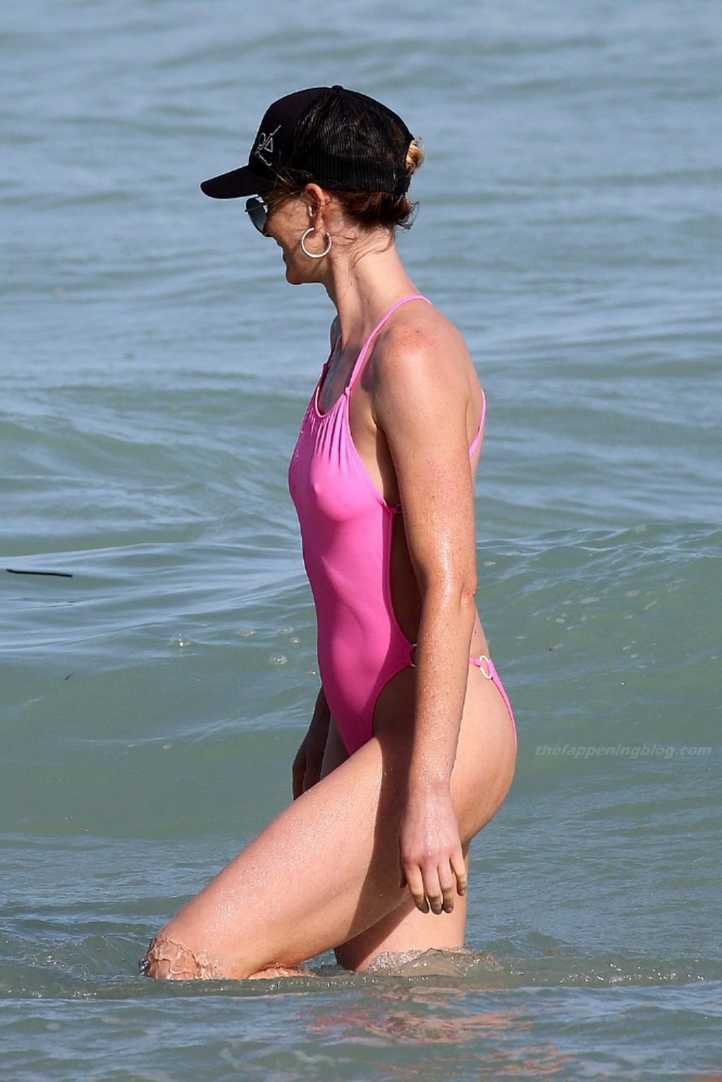 Anne Vyalitsyna is Seen a Bright Pink One-piece Swimsuit in Miami (20 Photos)