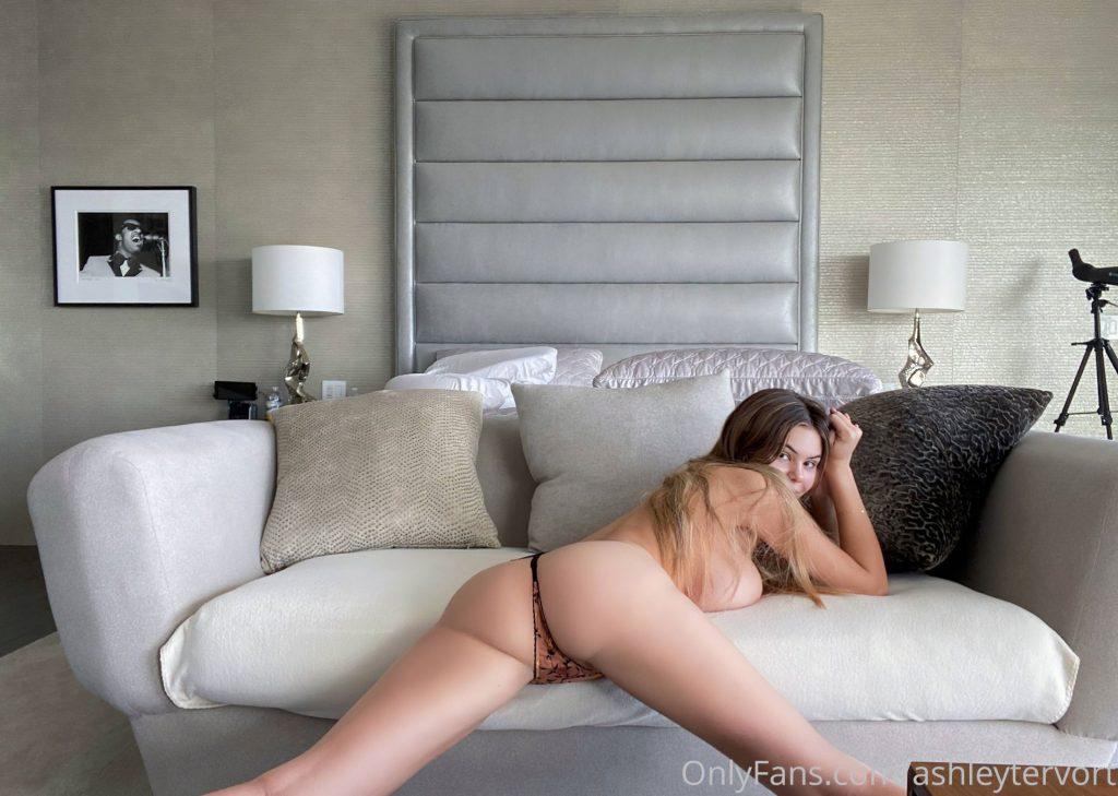 Ashley Tervort Nude (7 Photos)