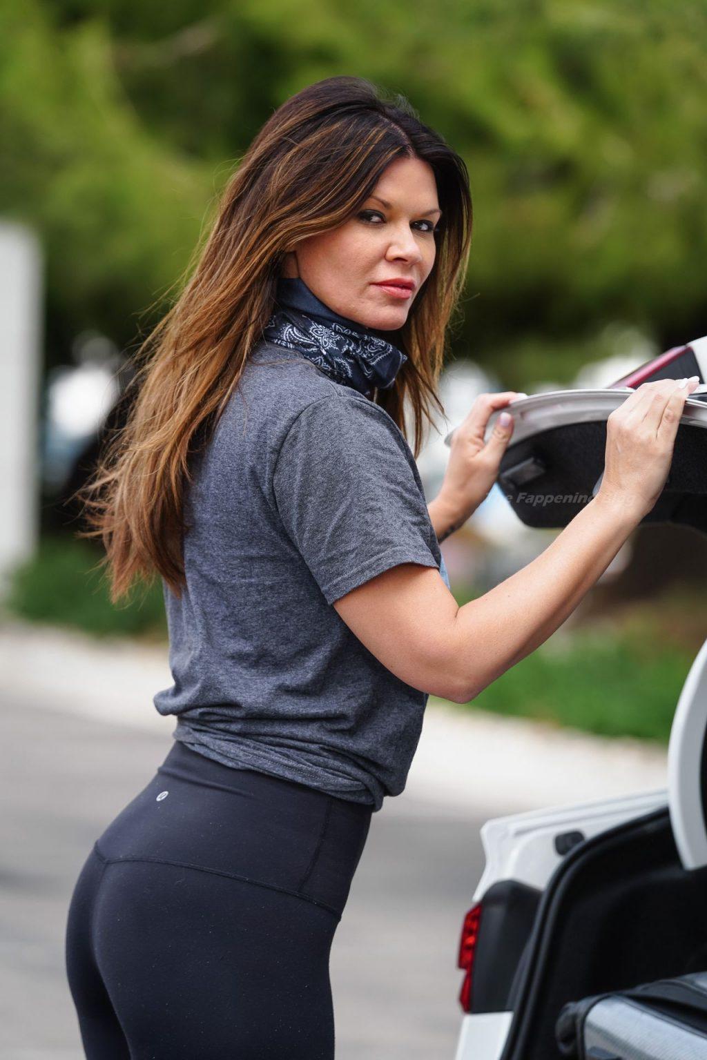 Danielle Vasinova Shows Off Her Tight Ass in LA (14 Photos)