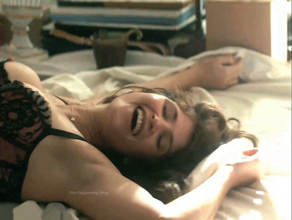 Gemma Arterton Nude – Gemma Bovery (13 Pics + Video)