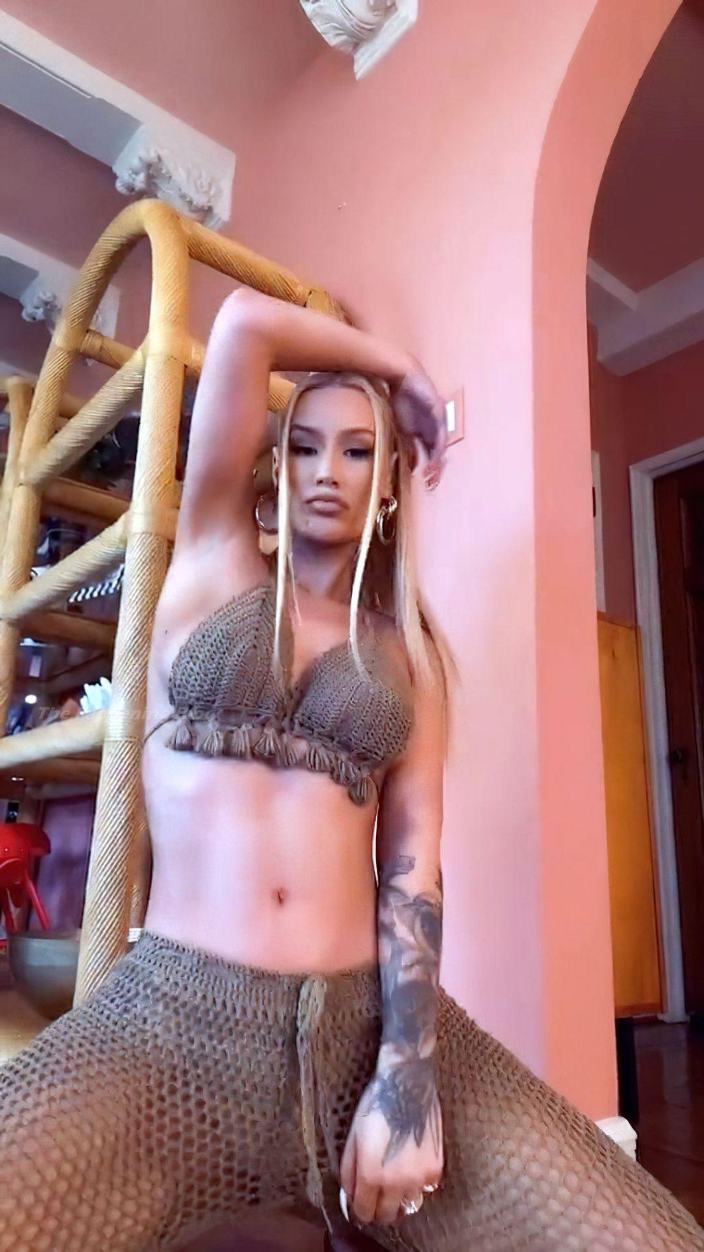 Iggy Azalea Sexy (9 Pics + Video)