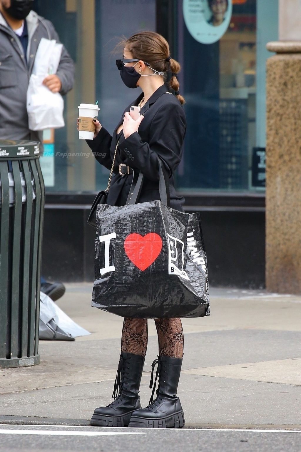 Julia Fox Has Her Hands Full After a Coffee Run and Shopping at the Goodwill (15 Photos)
