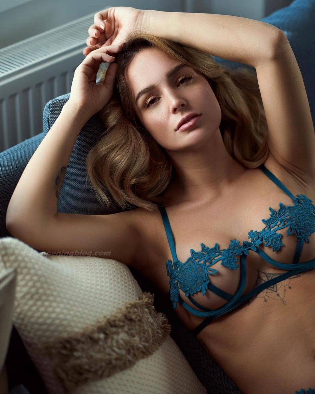 Julia Römmelt Nude & Sexy (12 Photos)