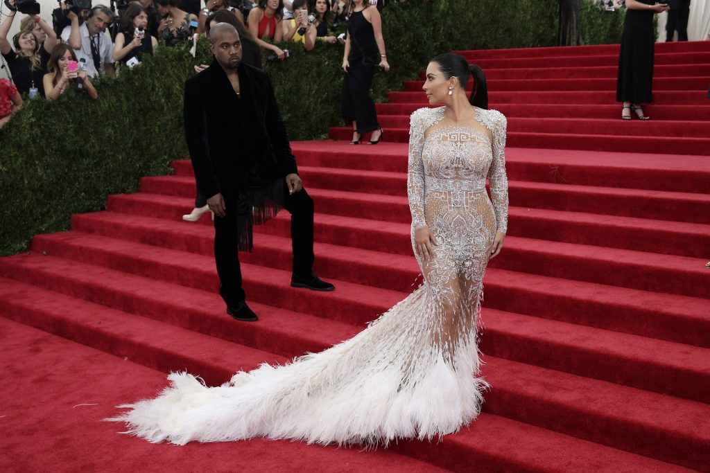 Kim Kardashian & Kanye West Reportedly Divorcing (6 Photos)