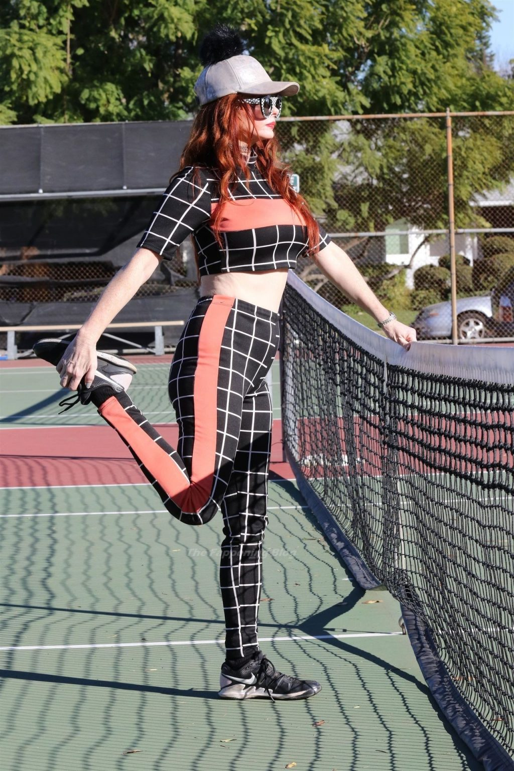 Phoebe Price Gets in a Selfie Before Stretching (28 Photos)