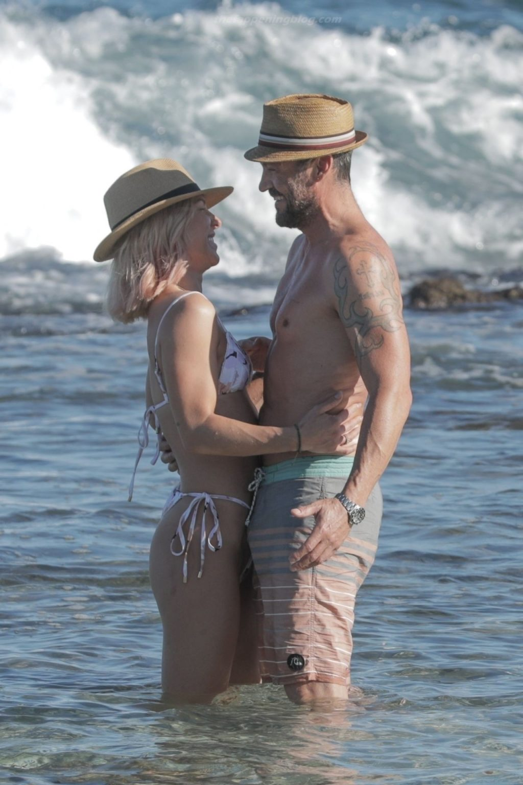 Brian Austin Green Puts on a Very Steamy Display with Sharna Burgess on the Beach (86 Photos)