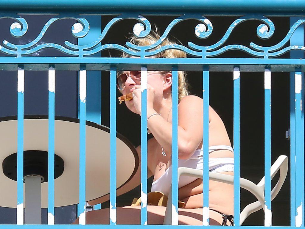 Zara Holland Enjoys the Sun on her Balcony in Barbados (121 Photos)