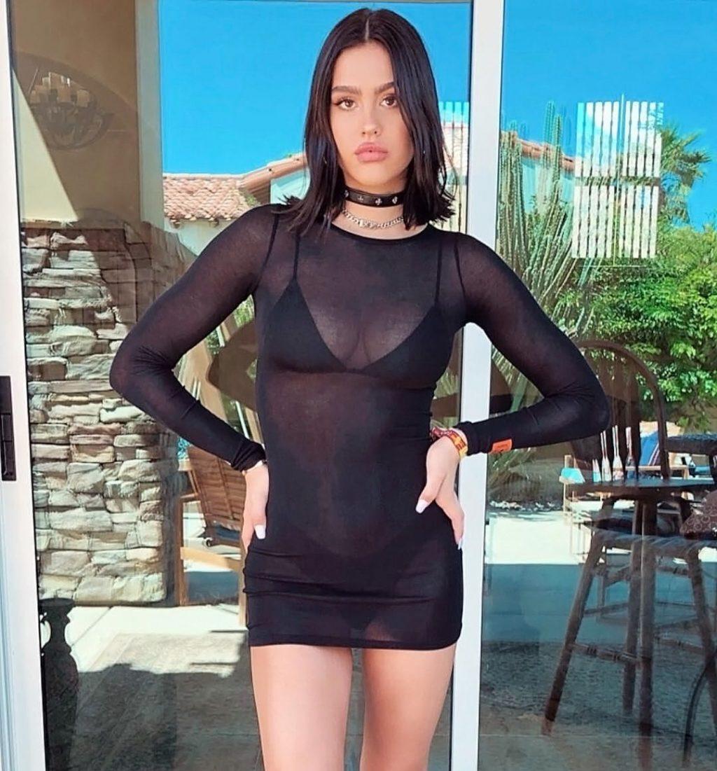 Amelia Gray Hamlin Nude & Sexy (243 Private Photos + Videos)