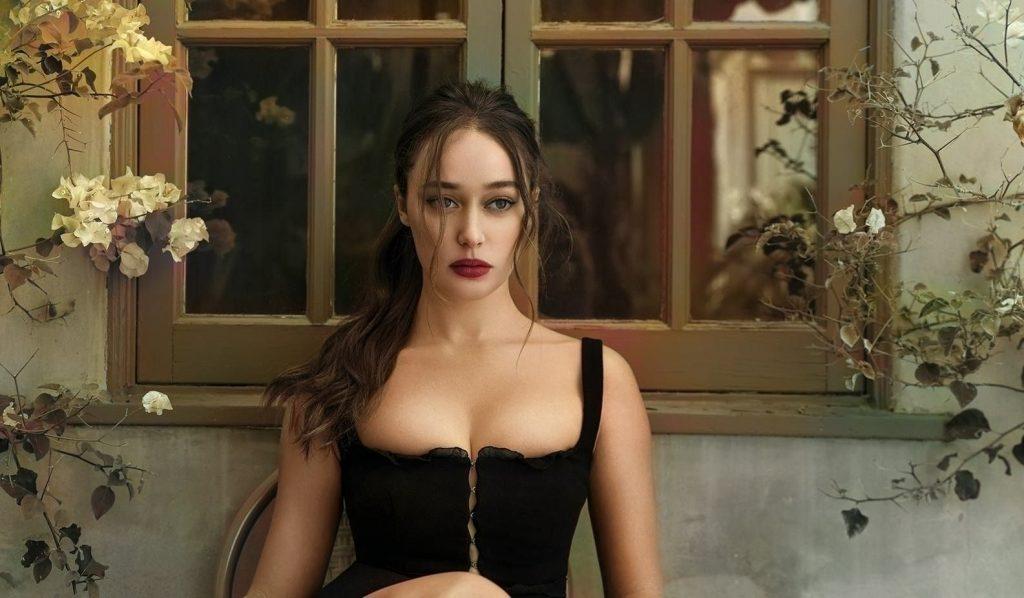 Alycia Debnam-Carey Sexy (14 Photos)
