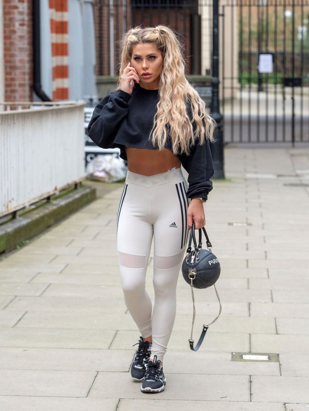 Bianca Gascoigne is Seen as She Leaves Her Central London Flat (14 Photos)