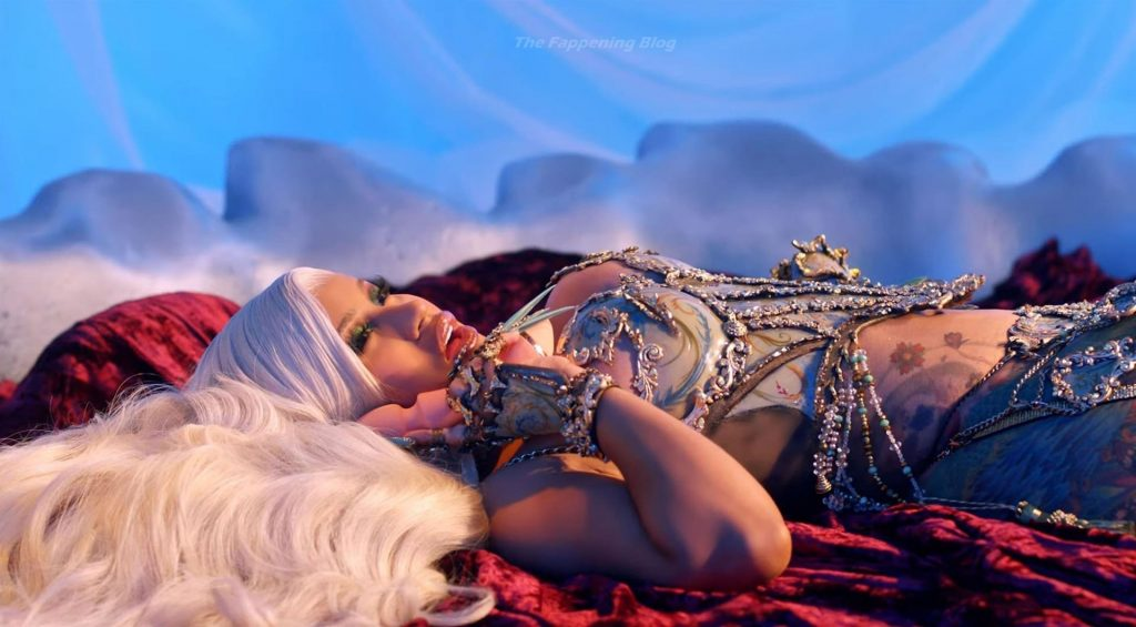 Cardi B Gets it Up as She Kisses 2020 Goodbye (58 Pics + Video)