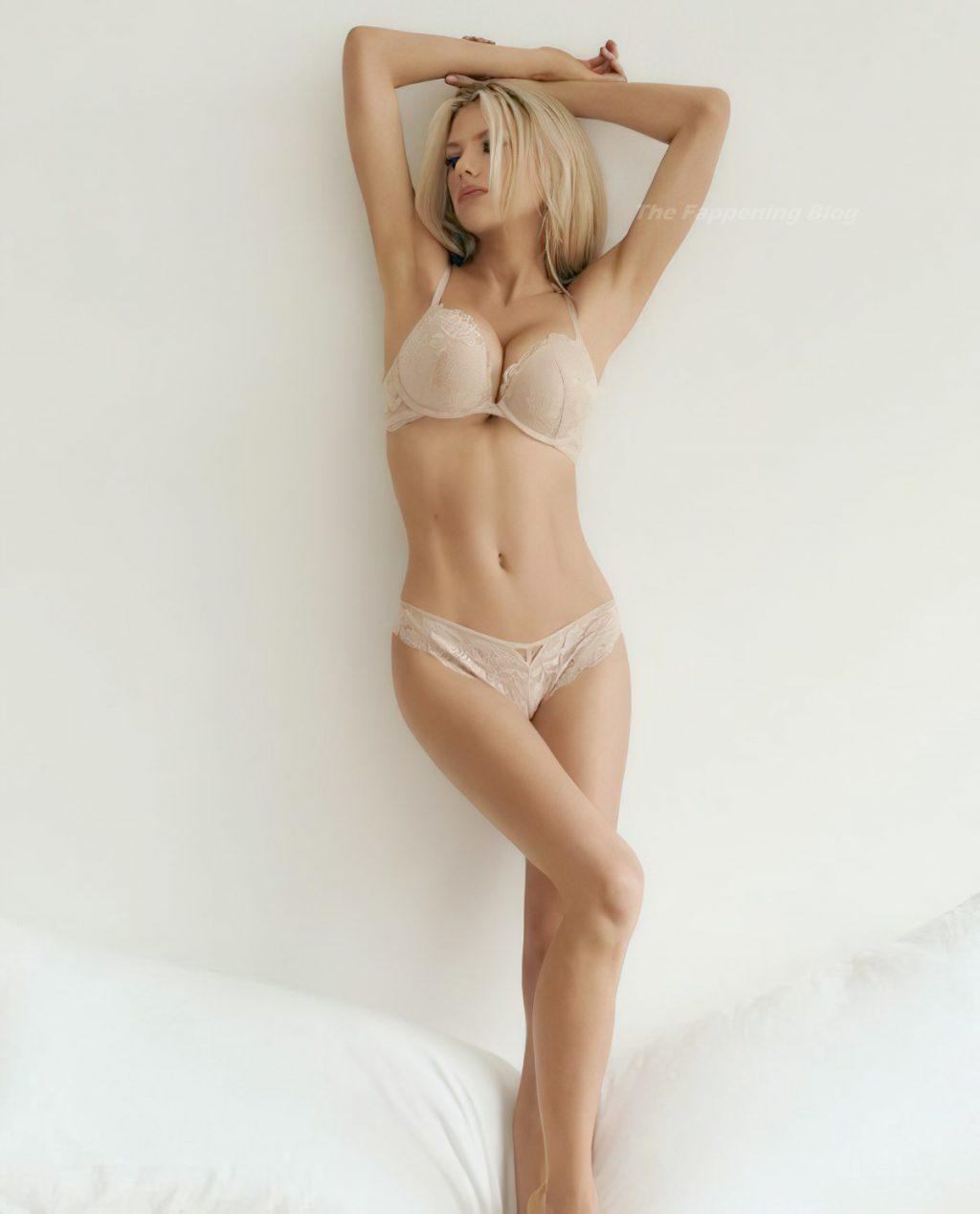 Charlotte McKinney Poses For Lingerie Brand La Senza (1 Photo)