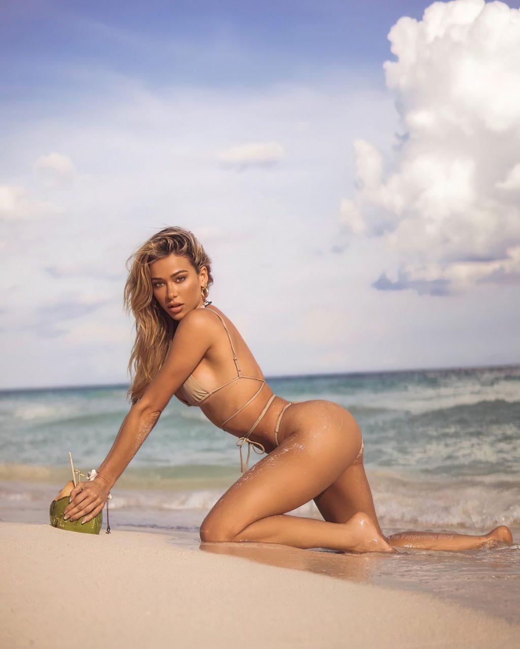 Cindy Prado Sexy (13 Photos)