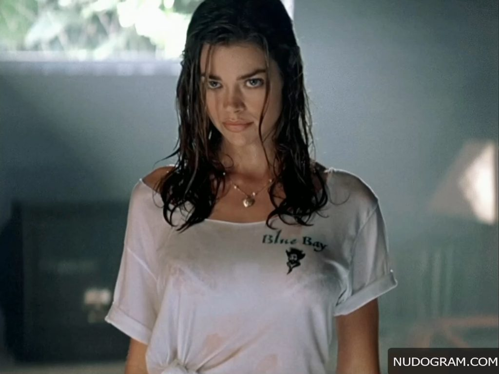 Denise Richards Nude – Wild Things (25 Pics + Videos)
