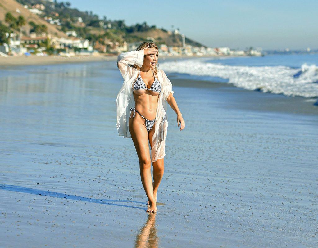 Farrah Abraham Shows Off Her Underboob in a bikini on the Beach in Malibu (36 Photos)