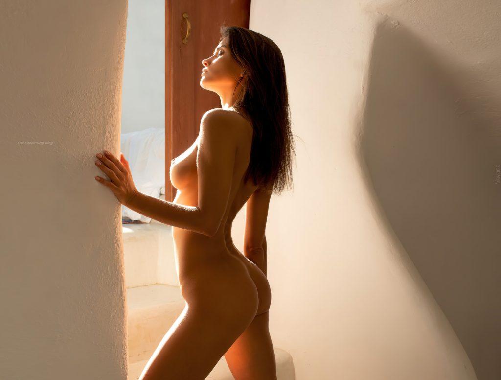 Kristina Makarova Nude (11 Hot Photos)
