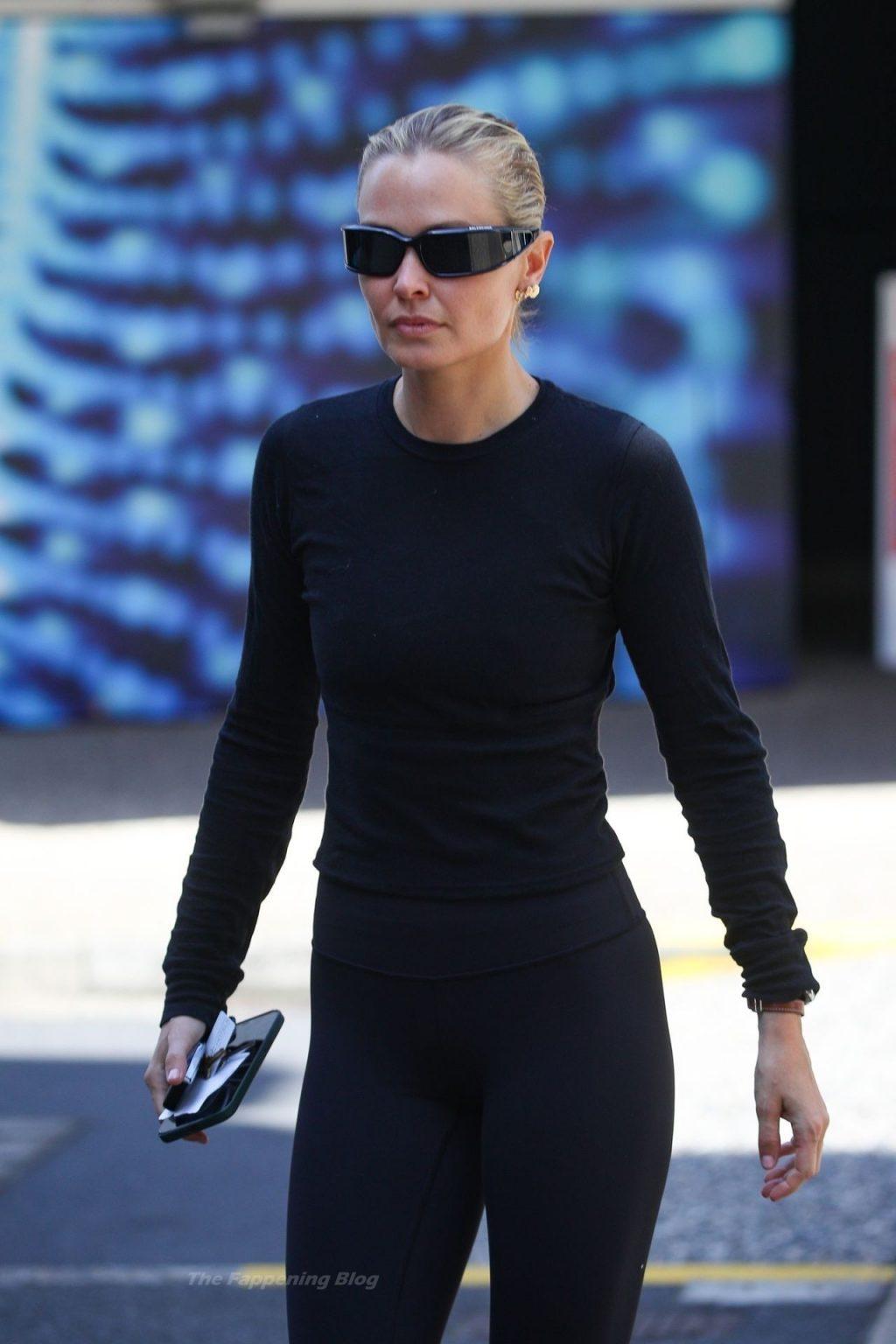 Lara Bingle is Seen in Sydney (21 Photos)