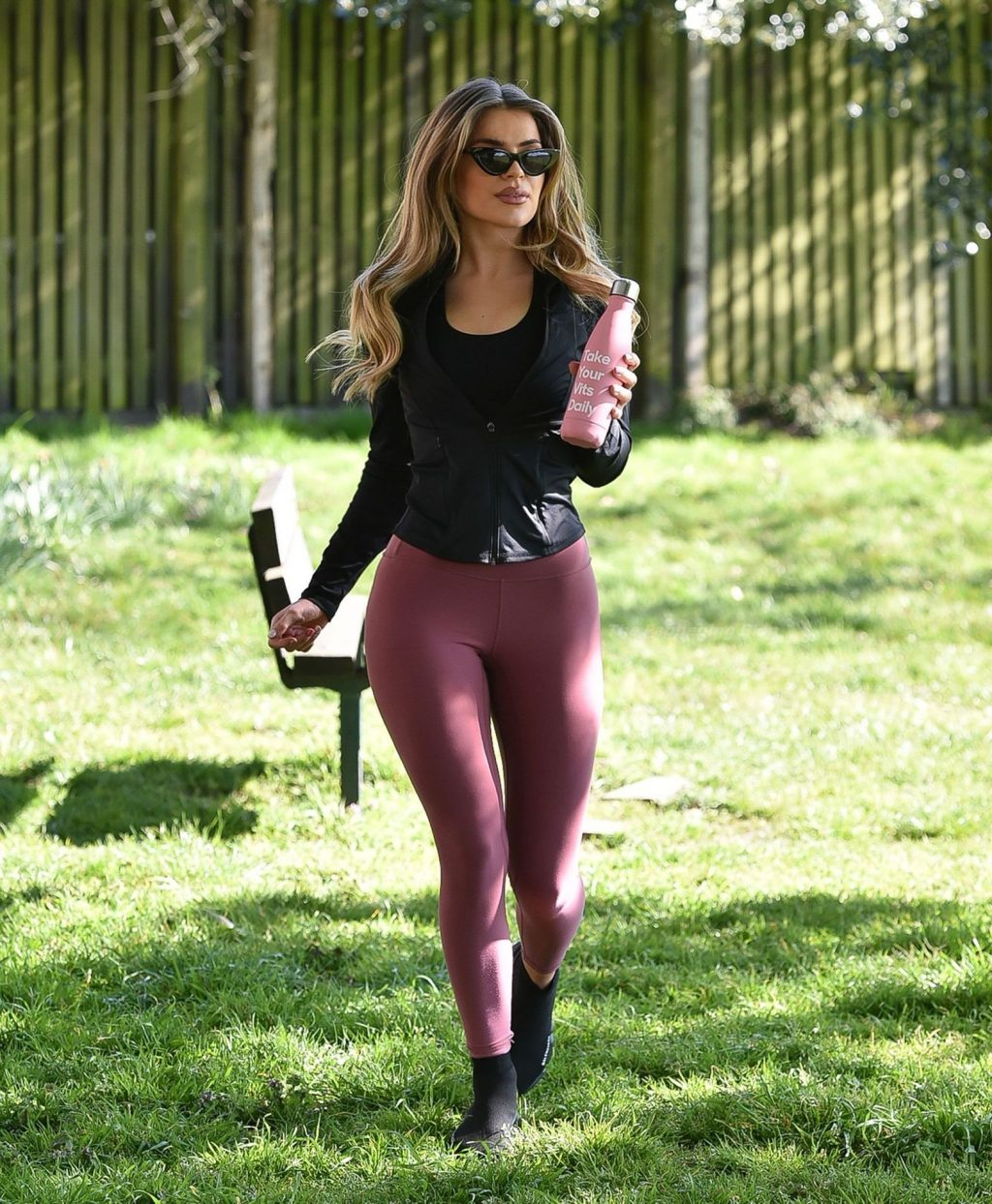 Maria Wild is Seen Doing Her Daily Exercise at a Park in London (28 Photos)