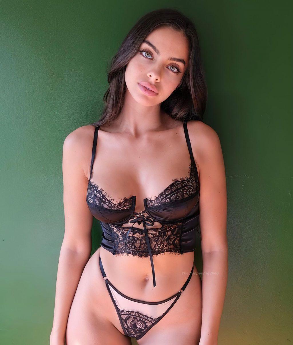 Priscilla Huggins Ortiz Sexy (4 Photos)