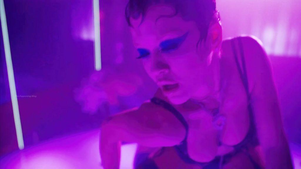 Rita Ora Sexy – Big (15 Pics + Video)