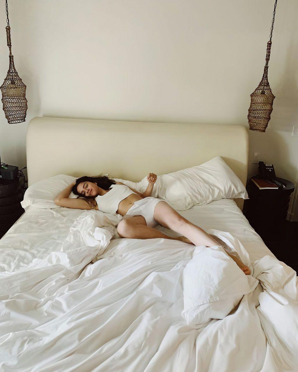 Sasha Calle Sexy & Topless (9 Photos)