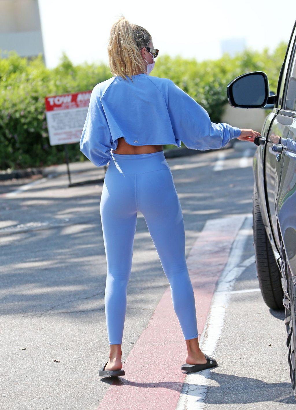 Sofia Richie Flaunts Her Cameltoe & Flat Midriff in LA (57 Photos)