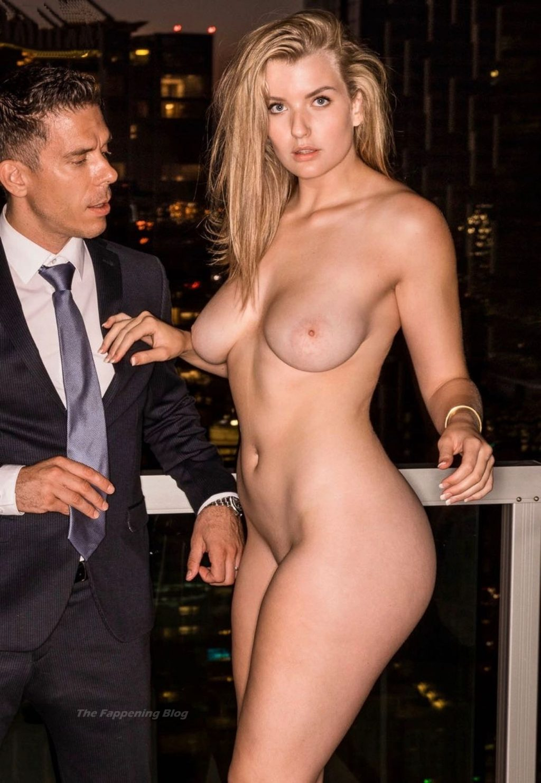 Mia Melano Nude (19 Photos + Video)