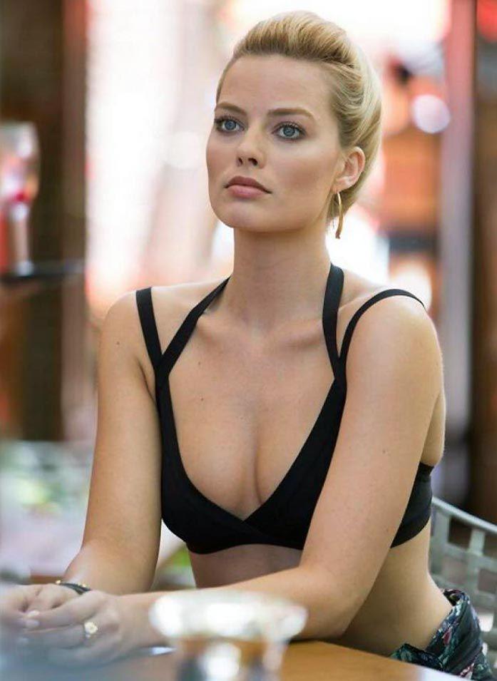 Margot Robbie Nude LEAKED & Sexy (188 Photos + Videos)