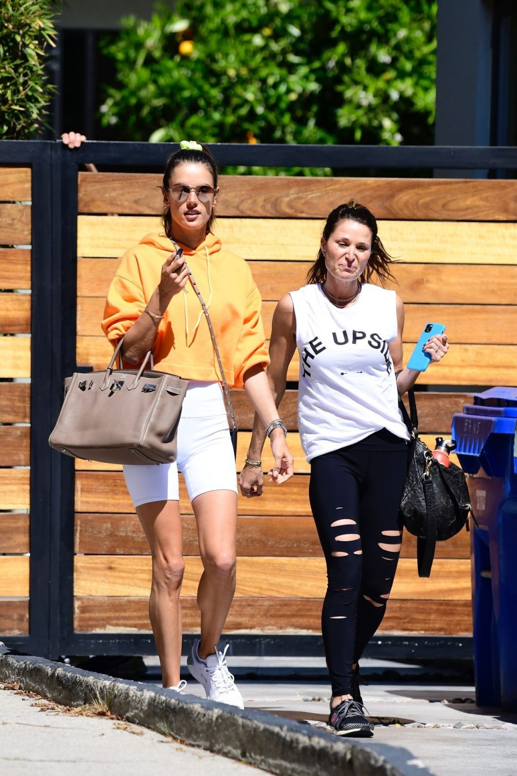 Leggy Alessandra Ambrosio Wraps Up Her Workout (63 Photos)