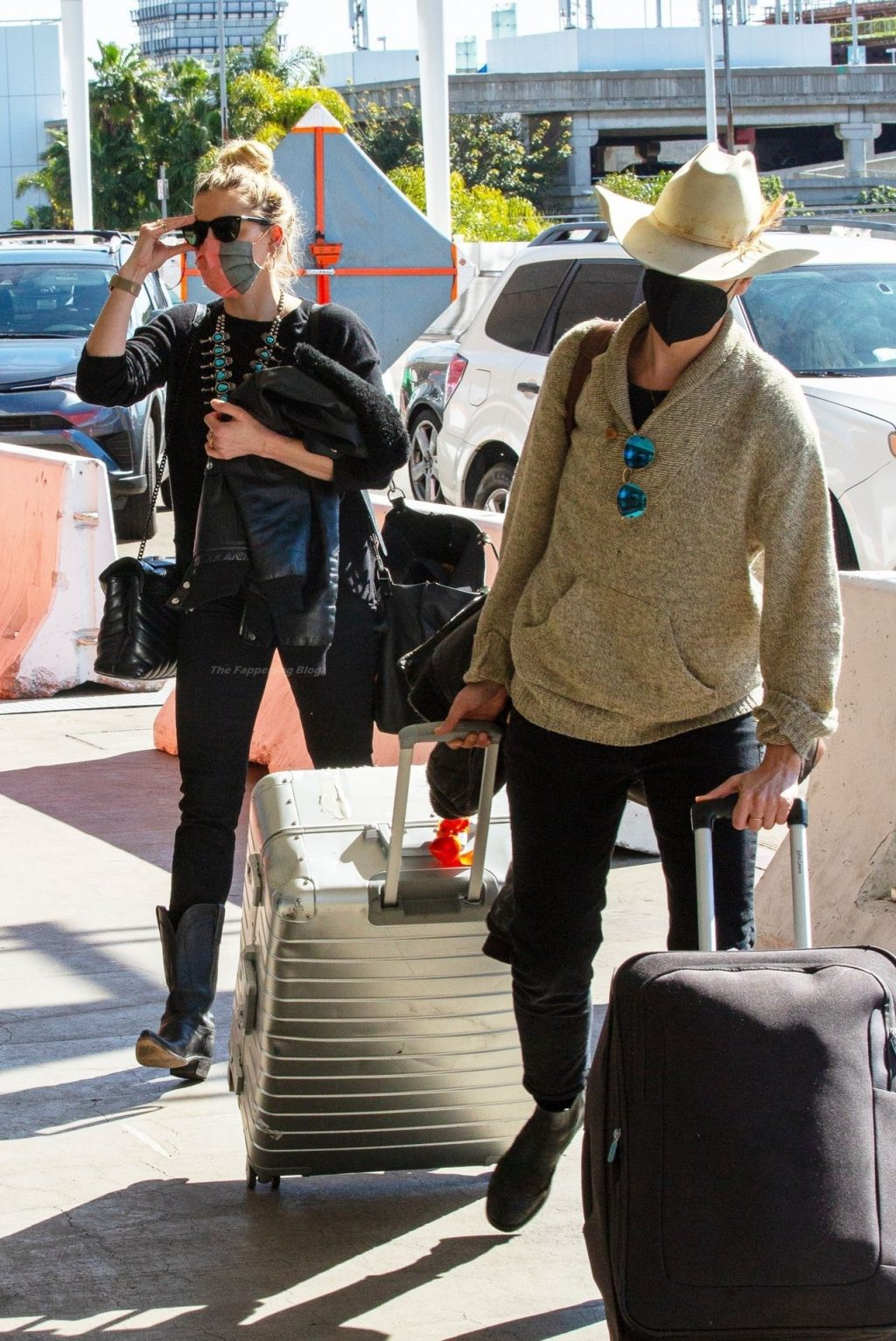 Amber Heard & Bianca Butti Fly Out of Town (37 Photos)