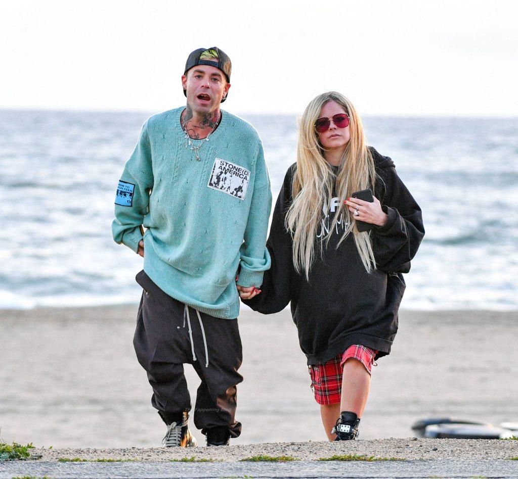 Avril Lavigne & Mod Sun Celebrate His Birthday On The Beach (37 Photos)