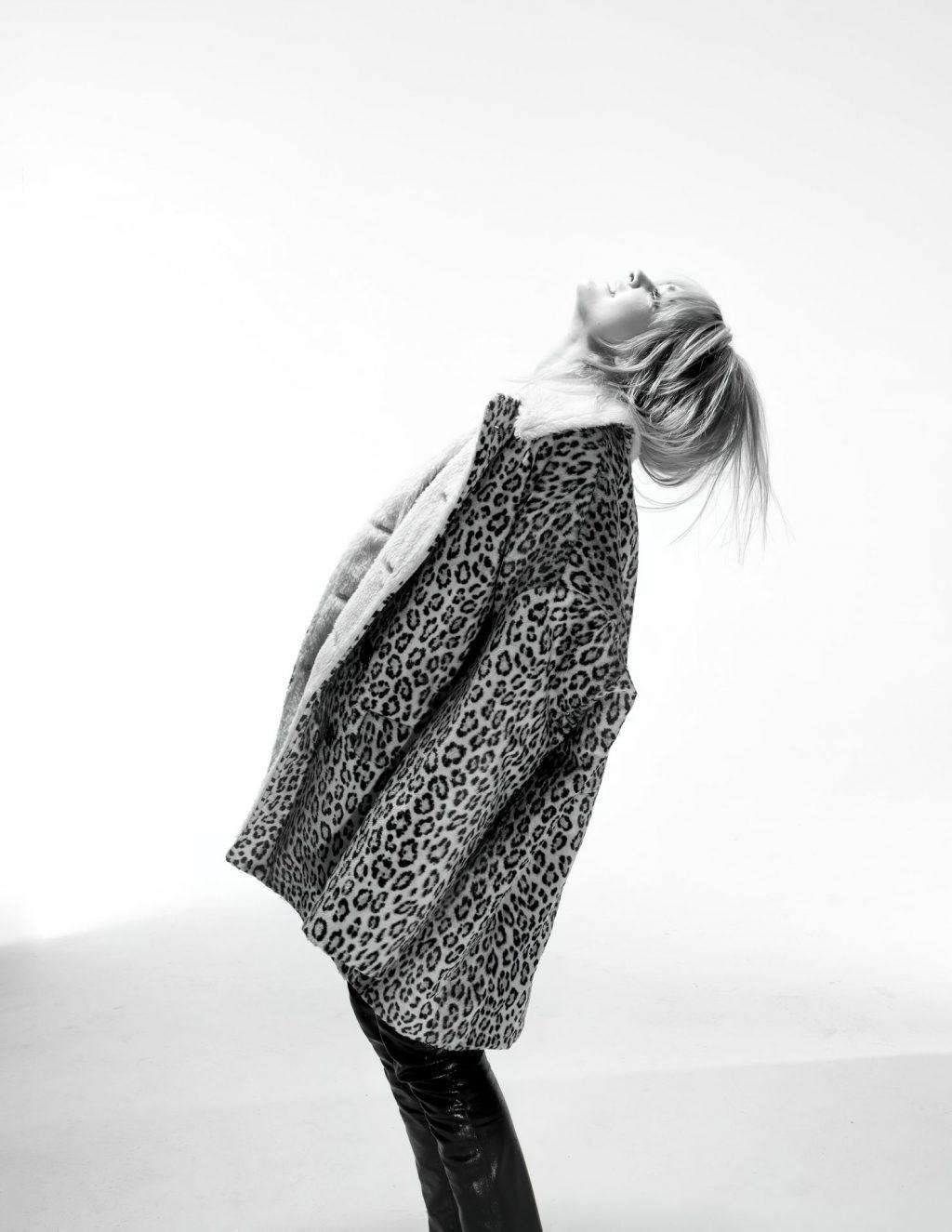 Charlotte Lawrence Sexy – Mood Magazine (22 Photos)