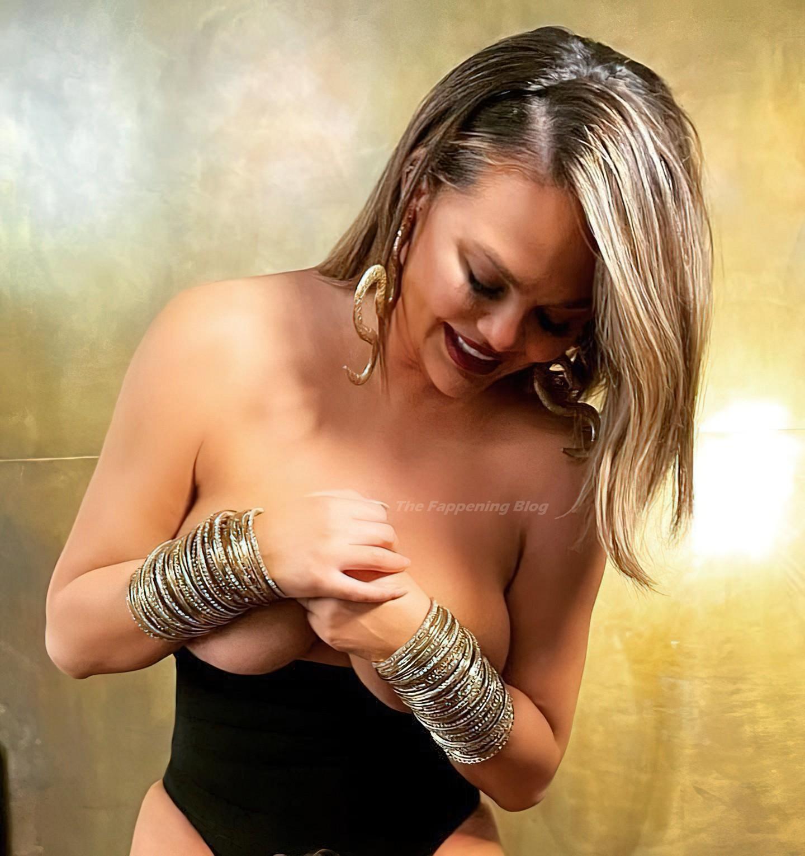 Christine Teigen  nackt