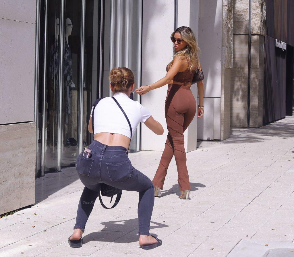 Cindy Prado Stuns in a Brown Outfit in Miaimi (22 Photos)